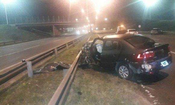 Mujer conducía en contramano por Panamericana, chocó y murió