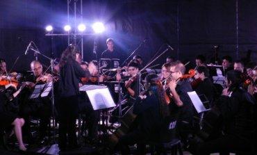 La música clásica llega a la Plaza 12 de Octubre