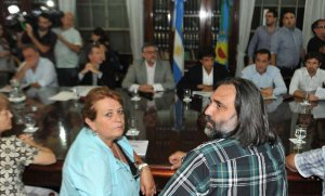 Para frenar el paro, Vidal convoca a los docentes a nueva reunión paritaria